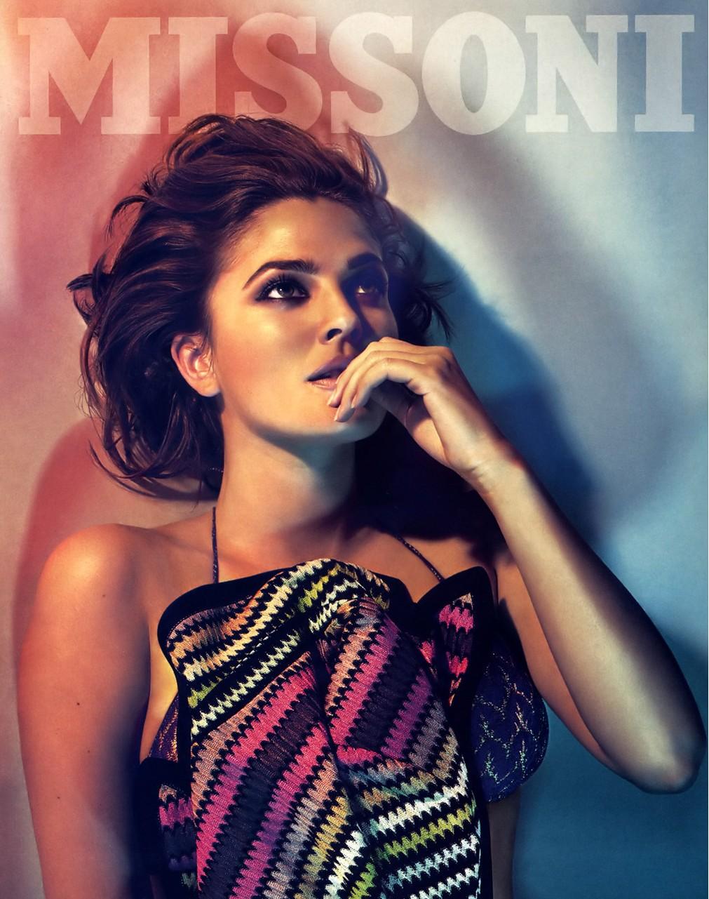Missoni è il luxury brand di abbigliamento e accessori maschili e femminili 1d54915fef3